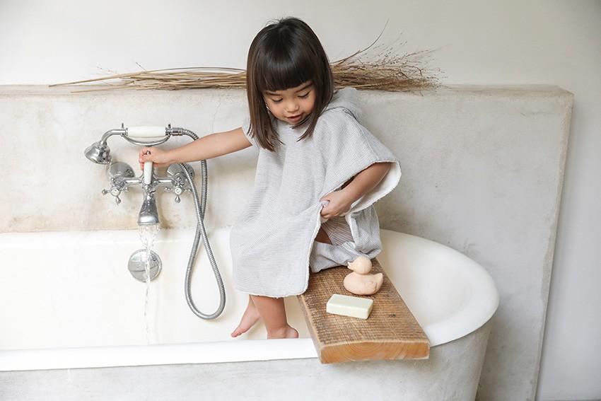 Cape de bain bébé serviette enfant